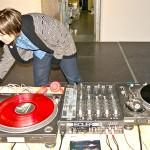 EME DJ en la apertura de la Muestra de estudiantes, gracias a Charco producciones y a Zona de Obras.